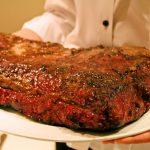 """【焼き時間に合わせて来店するレストラン】""""炉窯ステーキ 煉瓦""""で6キロの塊肉をみんなでシェアして食べよう!"""