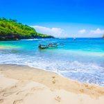 バリ島だけはもったいない!絶景ビーチの秘島「レンボンガン島」を知っていますか?