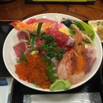 どんぶりグランプリ1位!豪華絢爛な「海鮮丼」が1050円で食べられる!