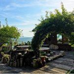 切り株テラスで琵琶湖を一望♡ログハウス風のカフェが居心地バツグン!