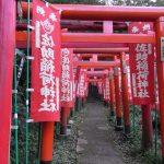源頼朝に挙兵をすすめた稲荷を祀る!鎌倉にある「佐助稲荷神社」について