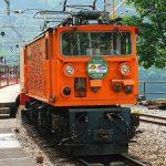 【鉄道ファン必見】真っ赤な紅葉と列車を撮影に行こう!