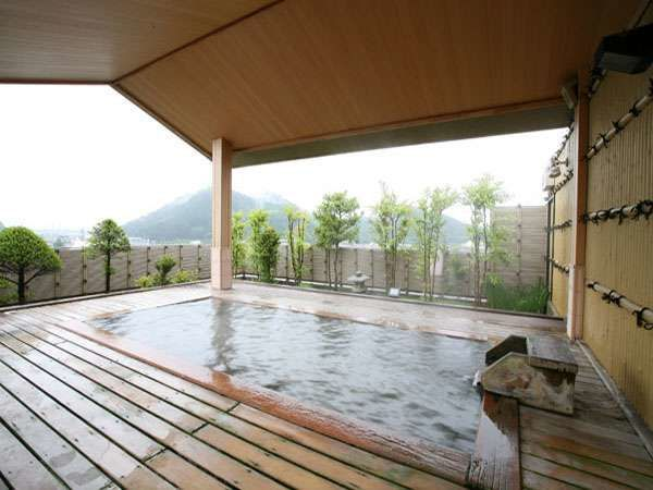 眺望の露天とオンドル風岩盤浴の宿 栄屋ホテル